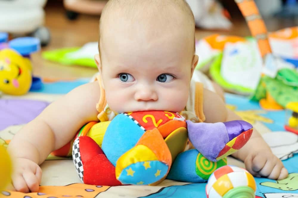 Best Toys for Babies Aged 0-6 Months