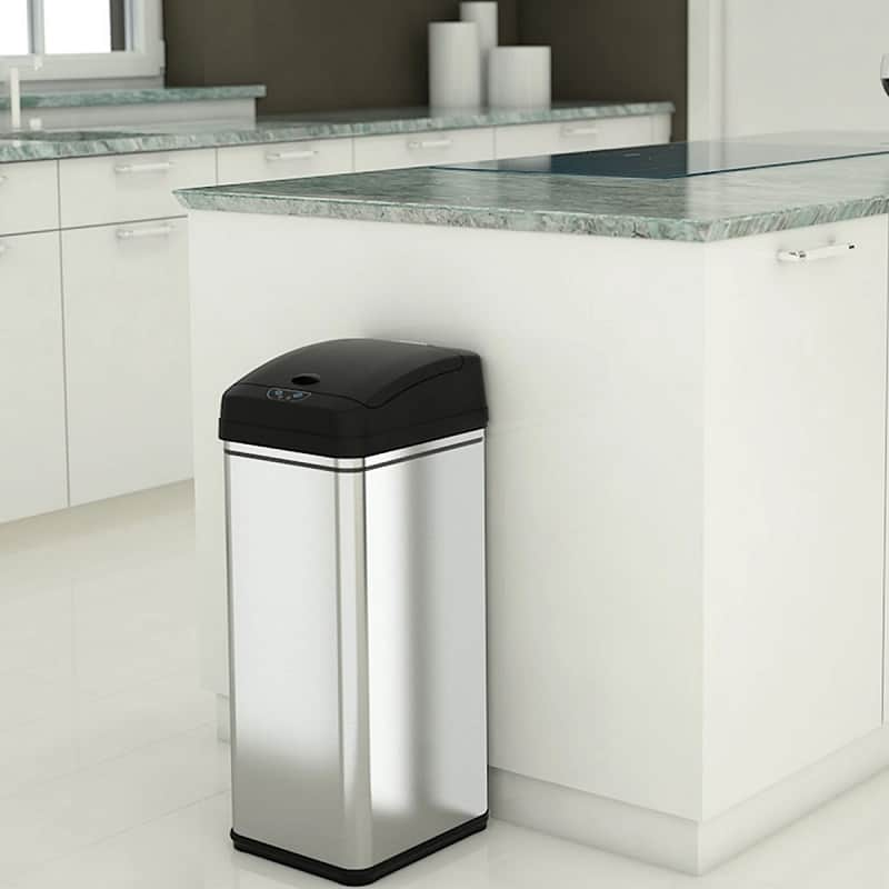 Best 13 Gallon Trash Cans, the lot dallas, iTouchless Deodorizer